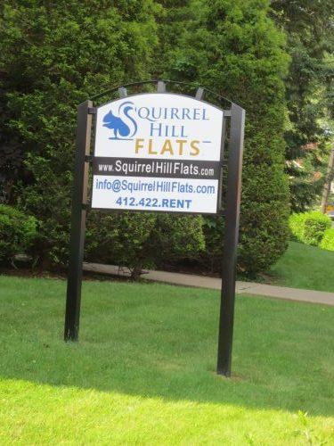 Squirrel Hill Flats Sign