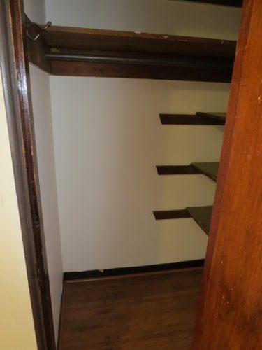 Bedroom Closet (2)