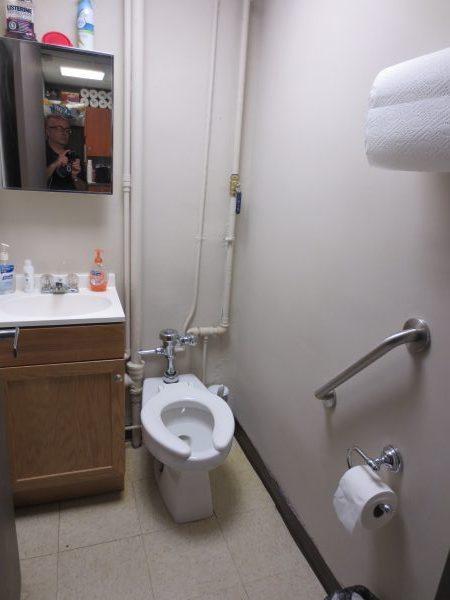 9 - Bathroom