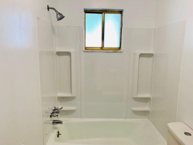 Unit 15 Hall Bathroom Surround Tub