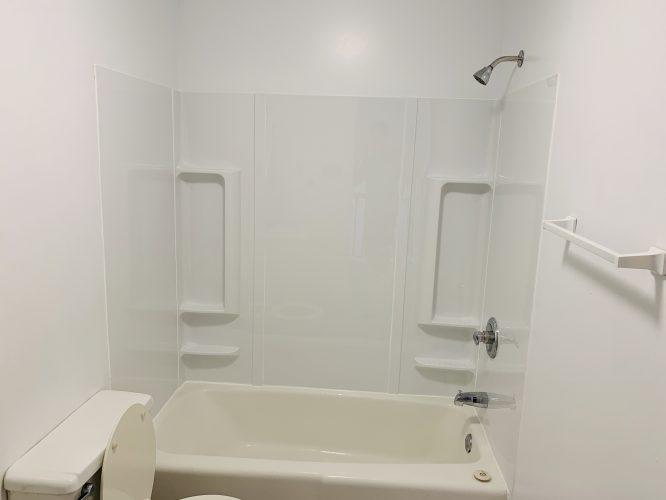 Unit 15 Master Bathroom Surround Tub