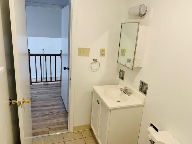 Unit 15 Master Bathroom