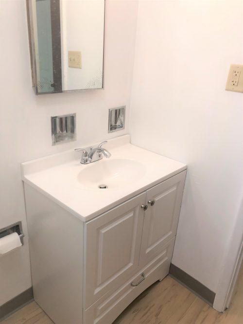 Bathroom 1 (3)